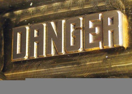 Danger die