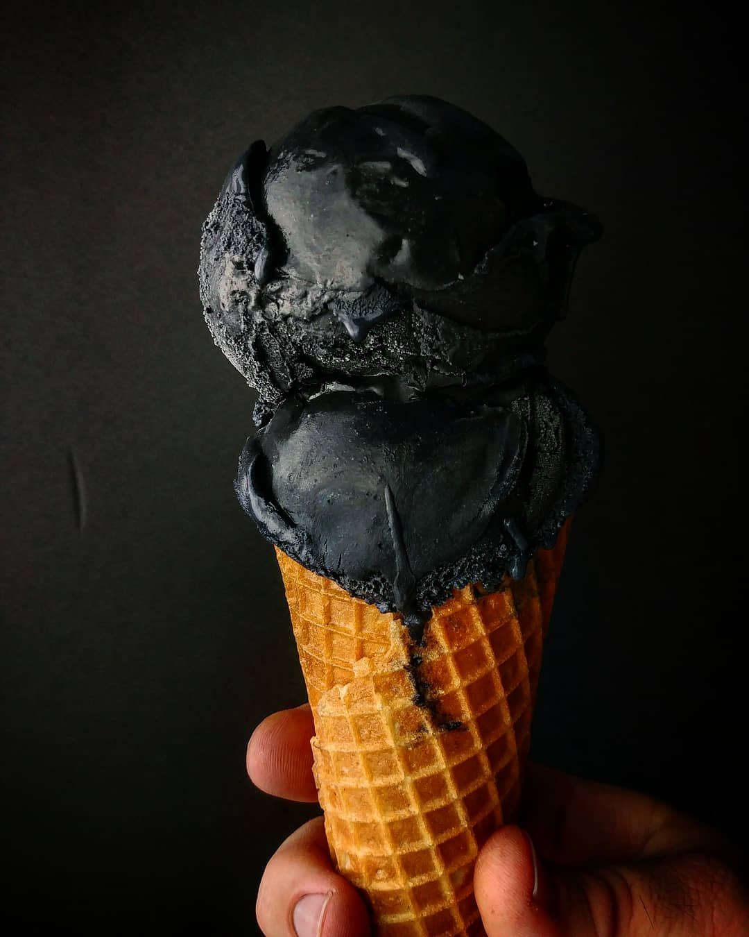 Louisville Cream Noir Ice Cream